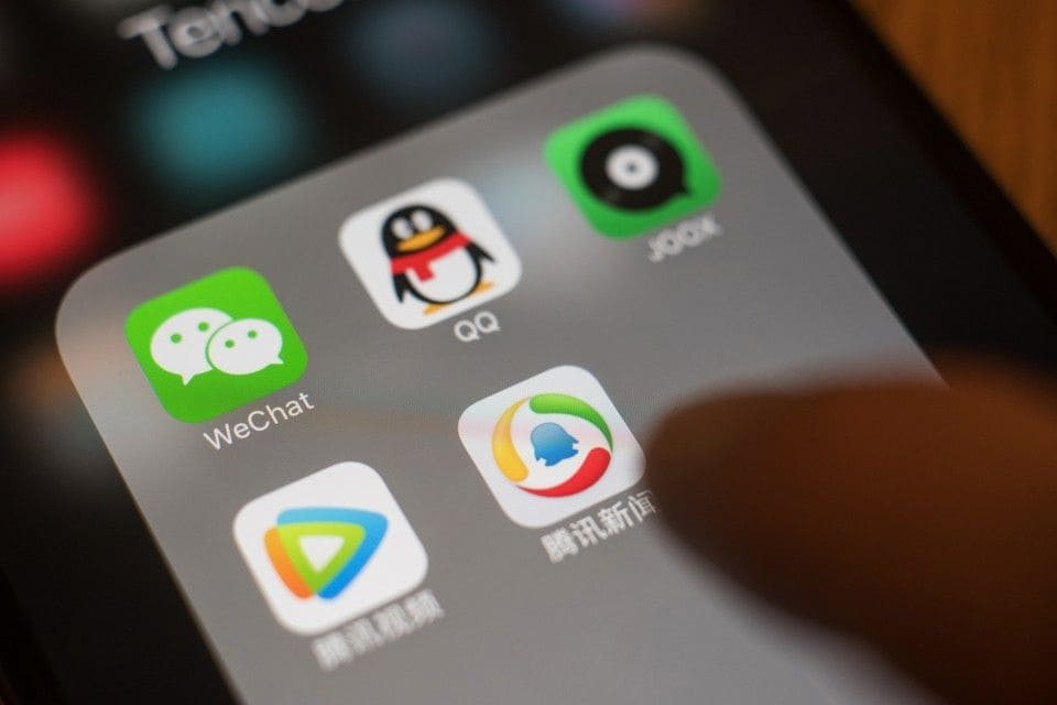 10 Most Popular Chinese Mobile Apps